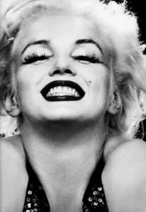 Marilyn-Monroe-marilyn-monroe-30012990-883-1280[1]