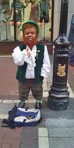 hop on hop off Busker on Dublin's Grafton Street2