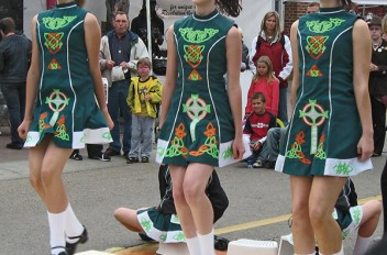 Diddly-I Don't Have a Clue!  Irish dancing for the rhythmically-challenged adult