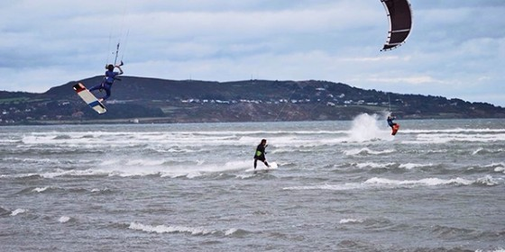 Kitesurfing on the Poolbeg