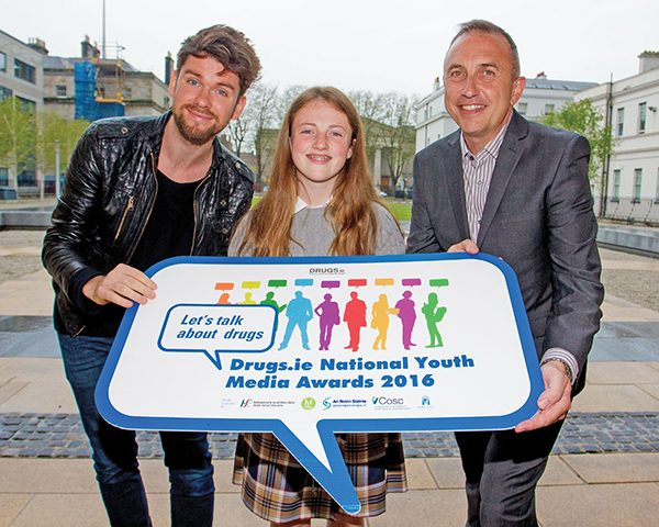 Pictured: Teresians student Emily McAlinden, winner, with Eoghan McDermott on left and Tony Duffin, Director of Ana Liffey Drug Project. Pic taken by Joe Keogh from Keogh Photography.