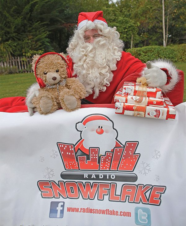 Pictured above: Santa Claus visited the Irish Kidney Association's Renal Support Centre, located on the grounds of Beaumont Hospital, Dublin for the launch of Radio Snowflake 2016.