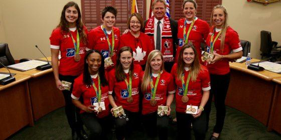 Canadian rugby team visit Clanna Gael